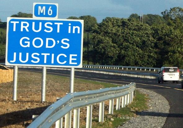 M6 sign TRUST