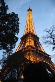 Eiffel at dusk - 4