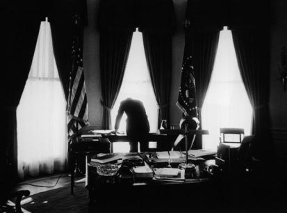 Jacques Lowe - JFK in Oval office 1961