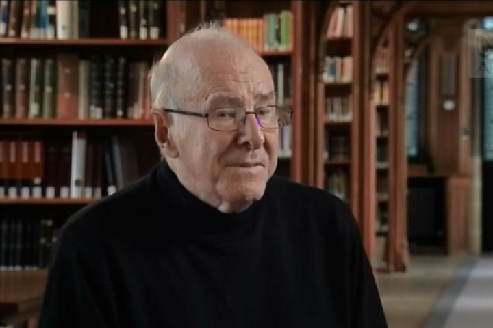 Clive James in the Old Library, Pembroke College, Cambridge (2013 - ABC tv)
