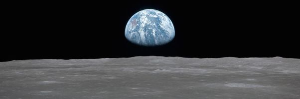 AS11-44-6550 - earthrise banner